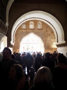 Ruuhkaa Nasridin palatsissa