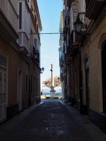 Cádiz ja lisää patsaita