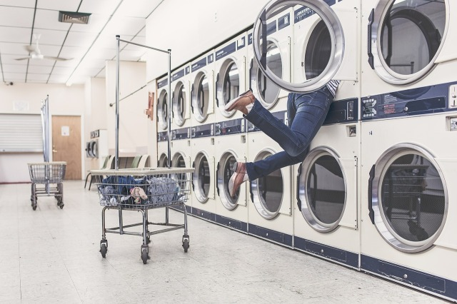 laundry-413688_1280.jpg