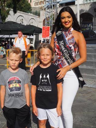 Pojat ja Miss Gibraltar