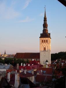 Tallinna auringonlaskun aikaan