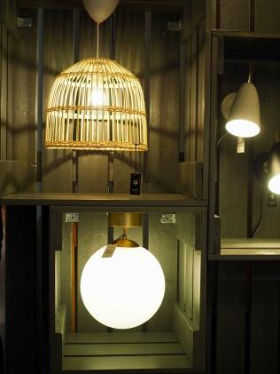 Sessakin lamput kiinnostivat