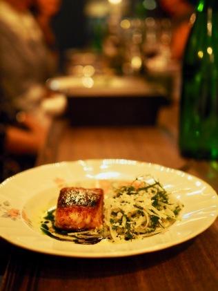 Pääruoka: kuhaa ja mm. kyssäkaalia