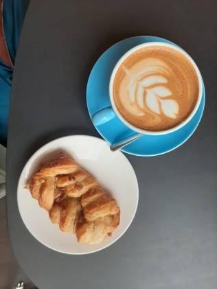 Pullaa ja kahvia
